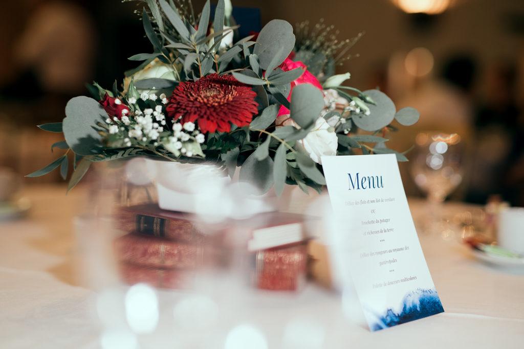 Centres de table de mariage sur le thème du livre