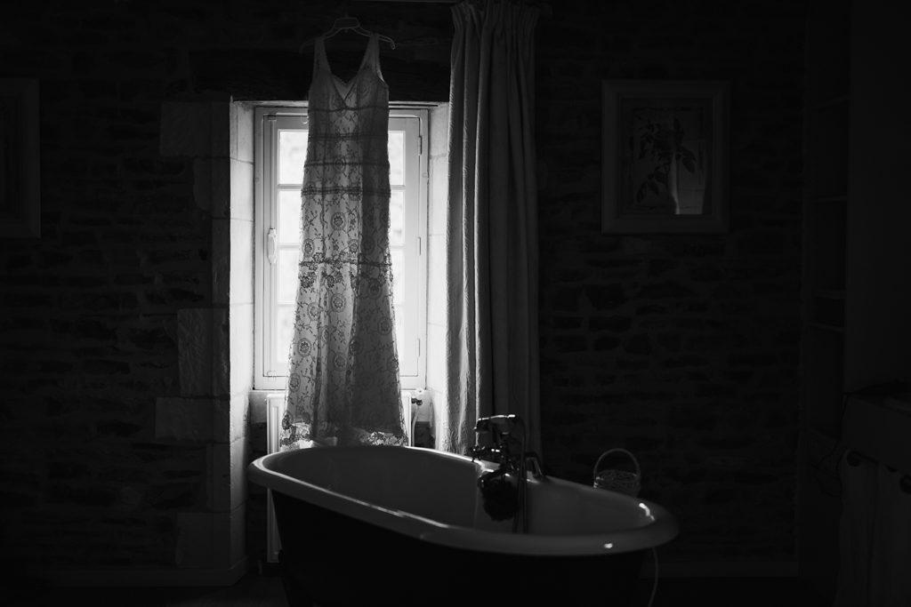 Robe illusion de chez Cymbeline, à la fenêtre de la chambre nuptiale du moulin de Bully