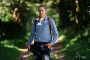 Portrait de Xavier, photographe de mariage
