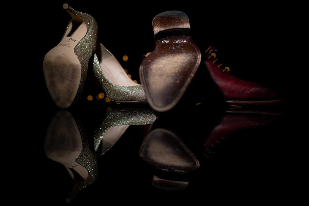 """Semelles de chaussures de mariés personnalisées avec la phrase """"a leap of faith"""""""