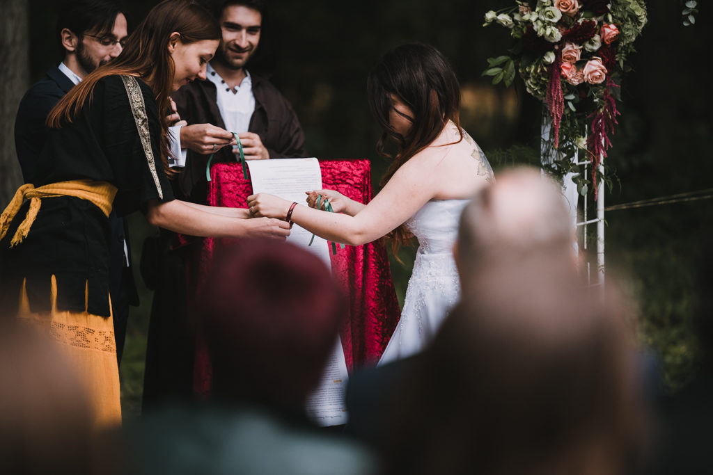 Rituel des rubans, cérémonie laïque