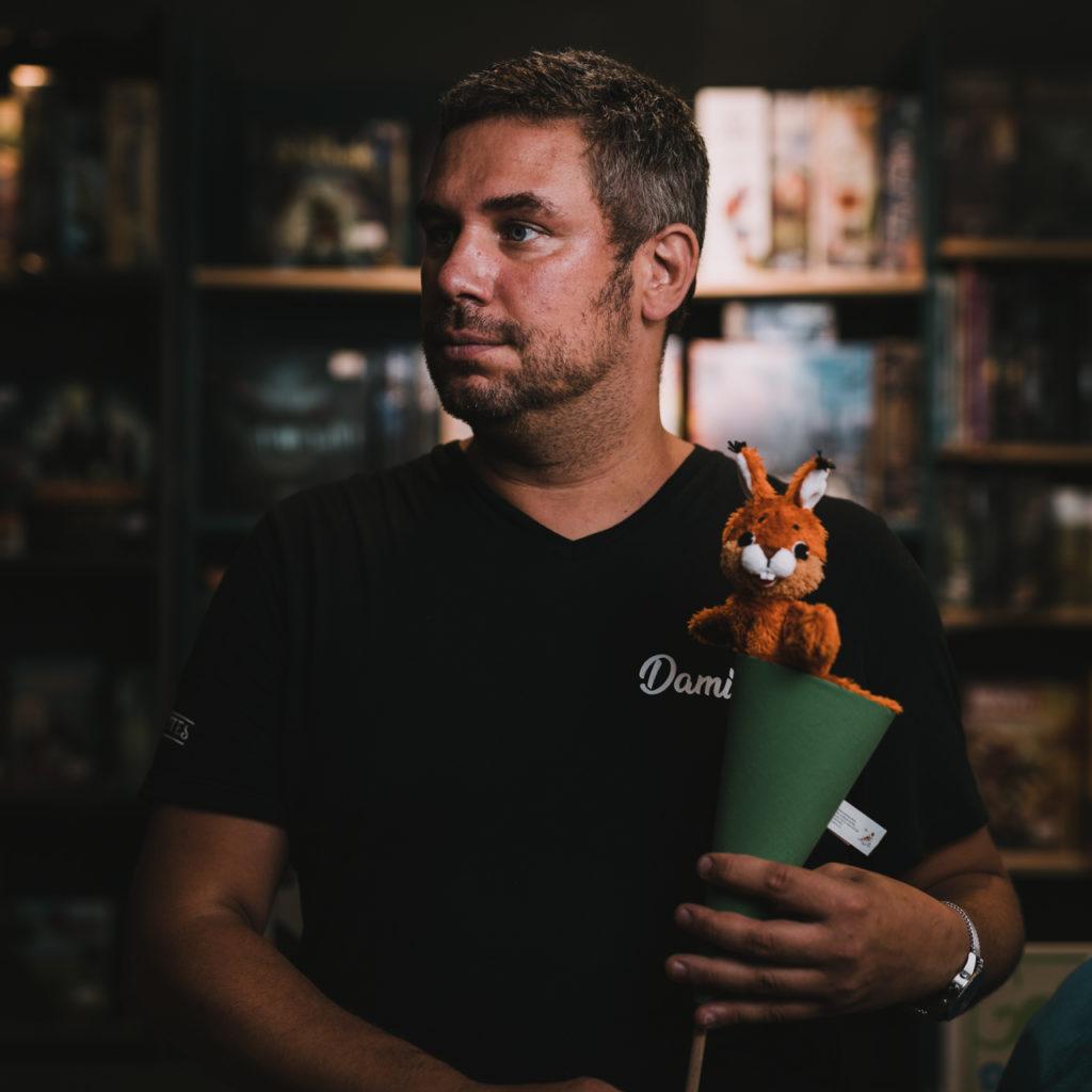 Portrait avec une marionnette