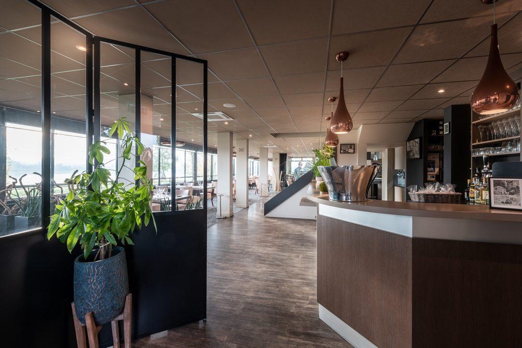 Photo immobilière de la salle du restaurant l'Espérance à Caen