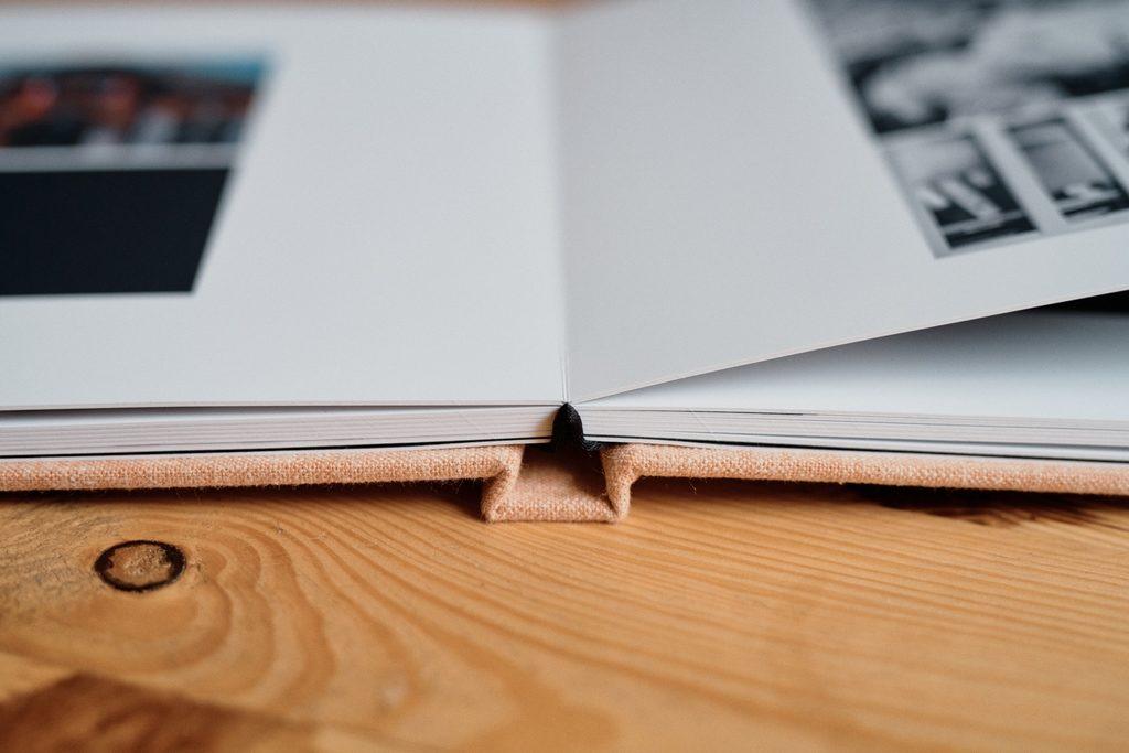 Page de livre Dreambooks vue de côté